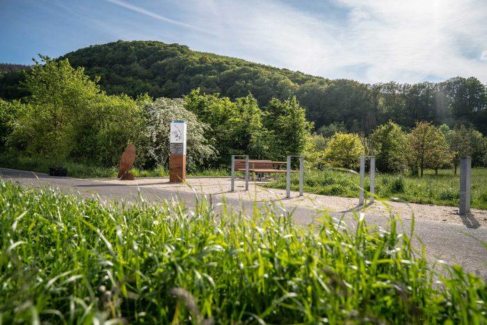 RurUfer-Radweg Rast- und Erlebnisstation Uhu im Rurtal